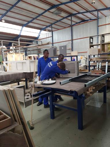 Busy Day at The Factory - Business News   Jurgens Campworld