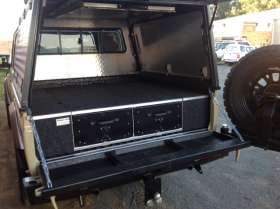 Land Cruiser Bakkie - Alu-Draw System