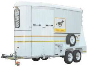 Horse Box -Royal