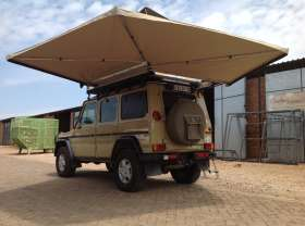 Custom Leisure Tech's Maxi Shade 270 Awning